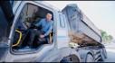 """[VIDEO] Trải nghiệm sau vô lăng xe tải """"Quái vật"""" 24 Tấn"""