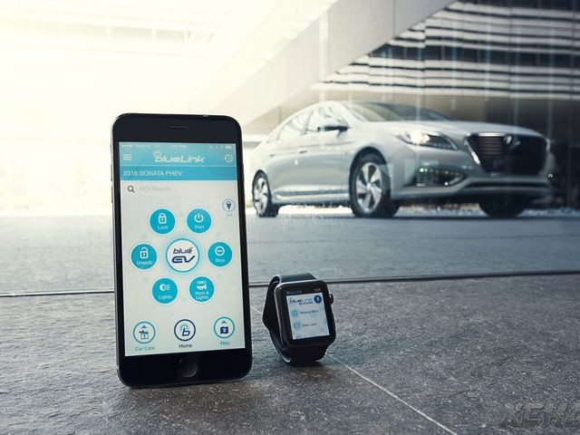 Hyundai Blue Link mới cho phép chủ xe điều khiển từ xa với Apple Watch