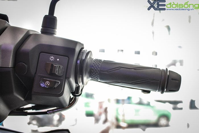 xehay-exciter-ranri-020715-1p