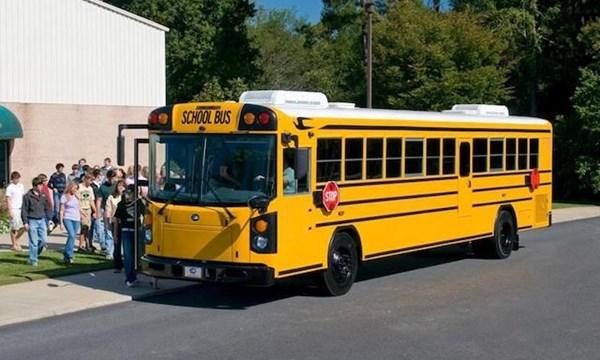 xehay-xebus-050715-1
