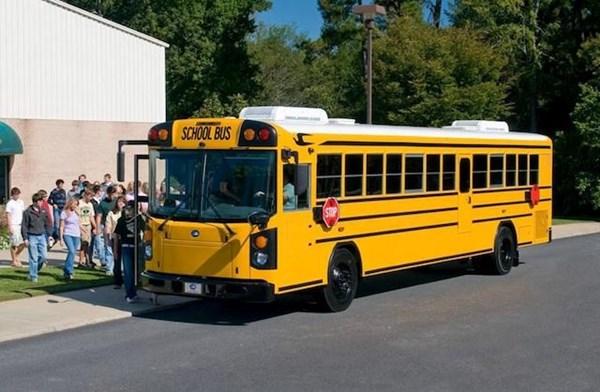 xehay-xebus-050715-5