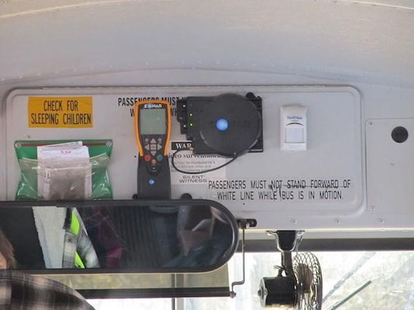 xehay-xebus-050715-6